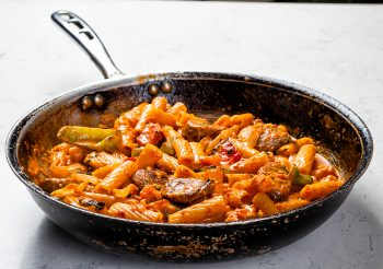 Pasta Salsicce in Pan